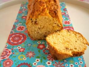 cake au zestes de citron confits et raisins au rhum vanille
