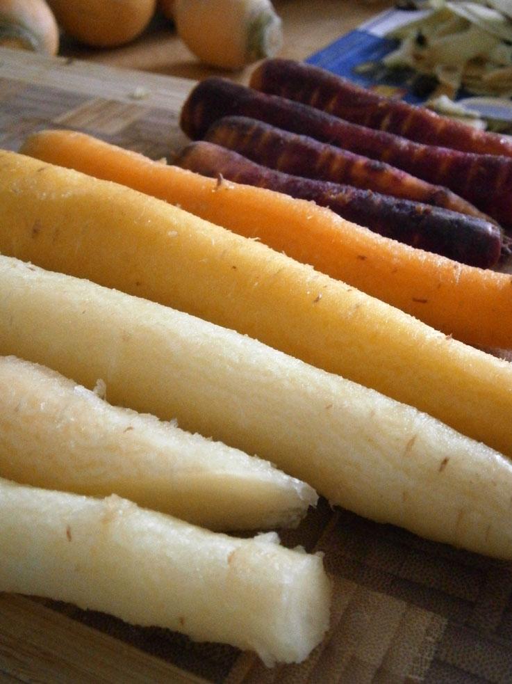 carottes-violettes-blanches-et-jaunes