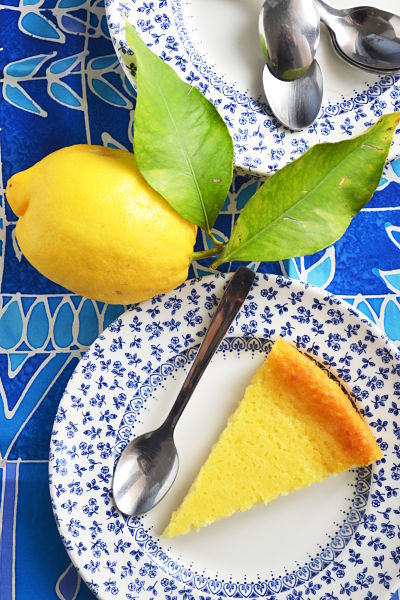 recette-facile-rapide-corse-fiadone-citron-brocciu-brousse--ricotta-cheese-cake-part gros plan