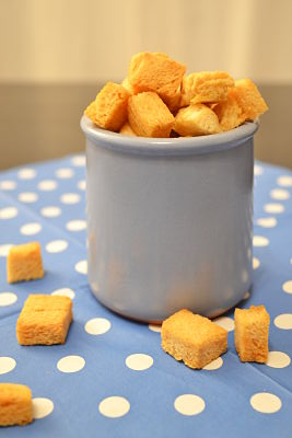 recette de base croutons dores croustillants maison pain de mie pintade aixoise