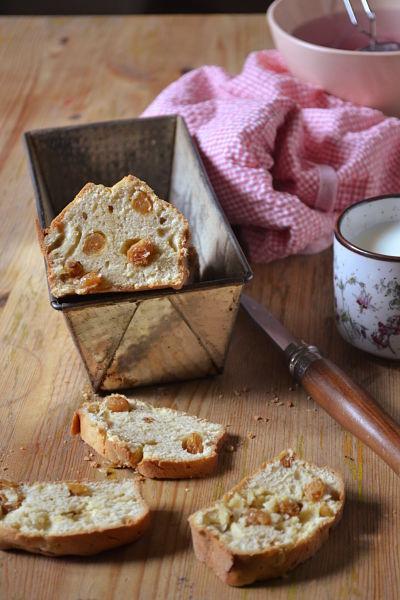 recette-facile-rapide-cake-sucre-plombiere-rhum-raisin