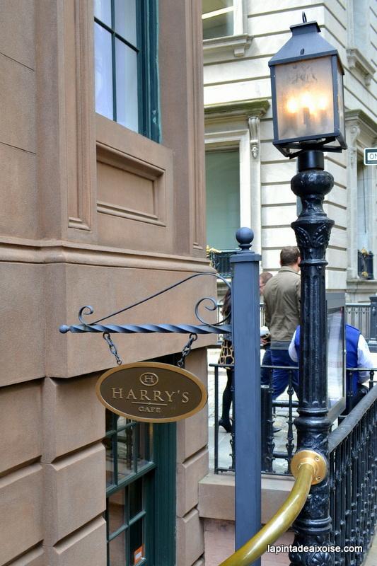 l'entresol du Harry's cafe and steak à NY