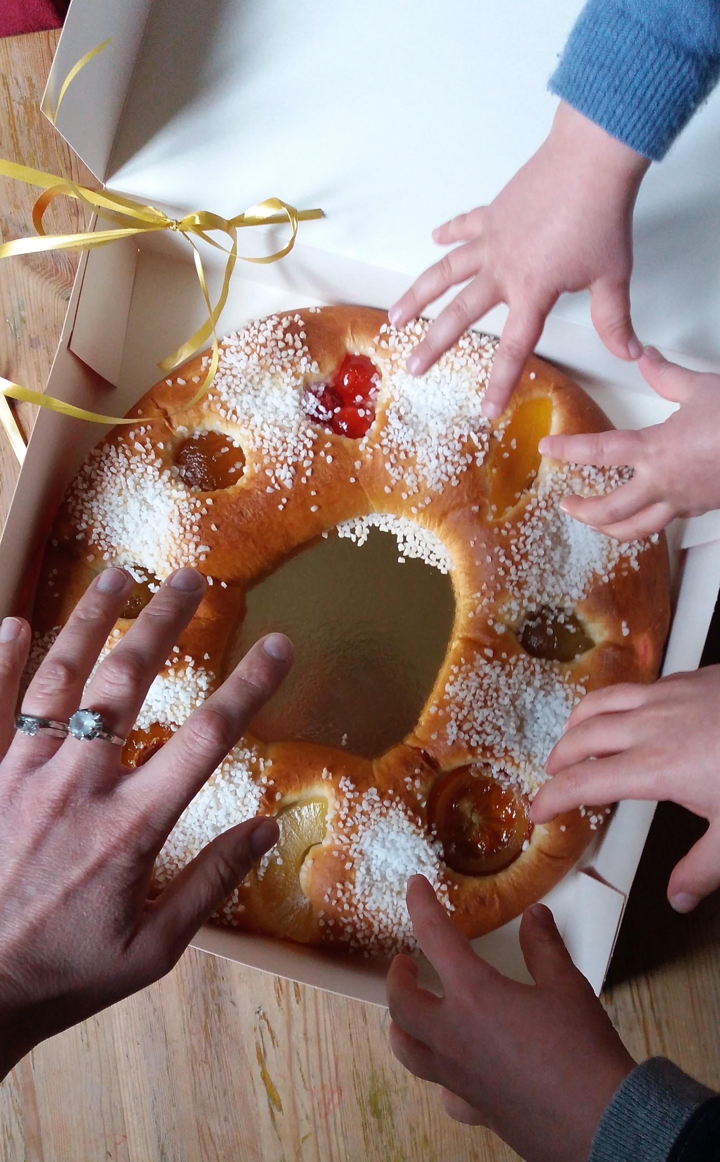 couronne galette des rois béchard patisserie aix en provence fruits confits